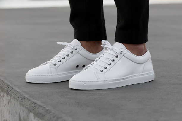 ETQ-Amsterdam-White-Low-Top-1-Sneakers 4fbbdc882563