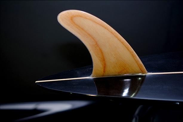 Dutchmann_new_black_surfboard_3