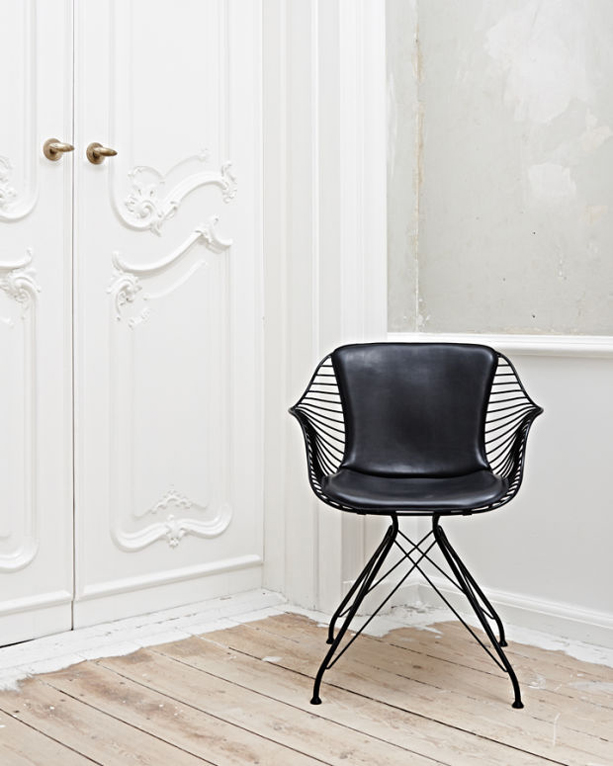 Overgaard-and-Dyrman-Wire-Saddle-Chair-3