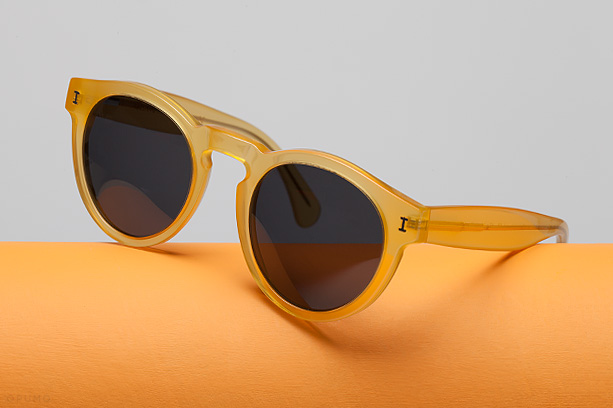 ILLESTEVA-Leonard-Blond-Sunglasses
