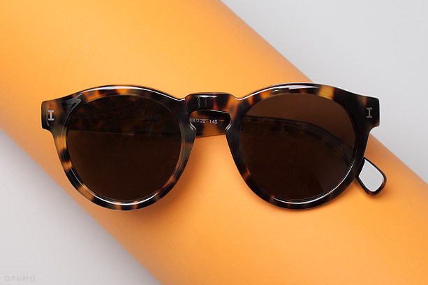 ILLESTEVA-Leonard-Tortoise-Sunglasses