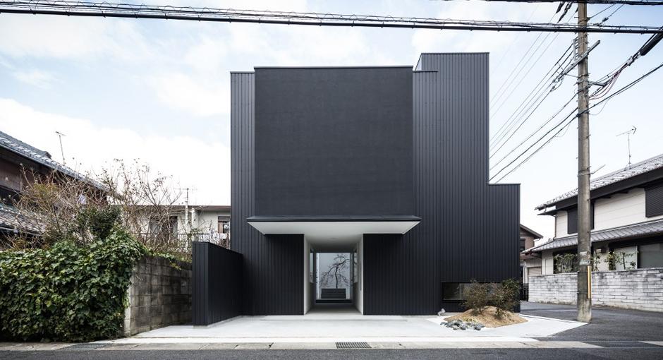 Framing House by Form & Kouichi Kimura Architects