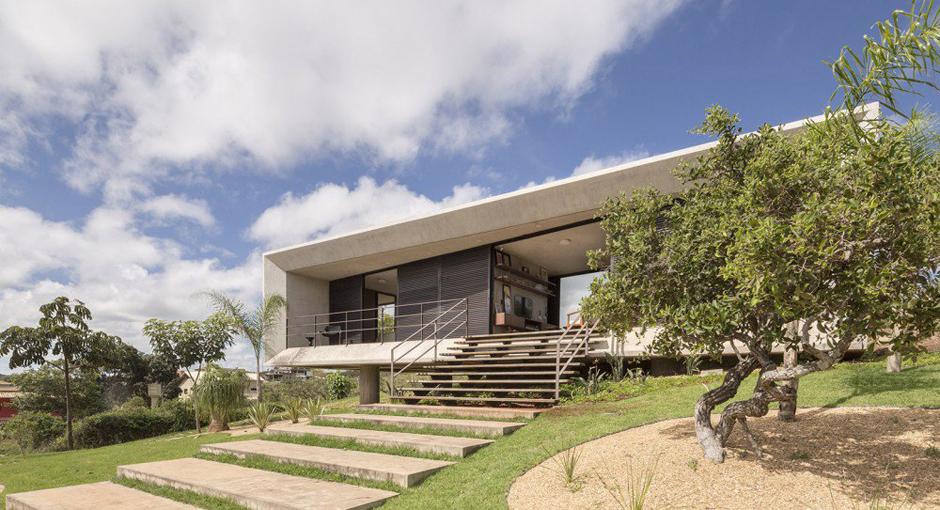 The Solar da Serra House