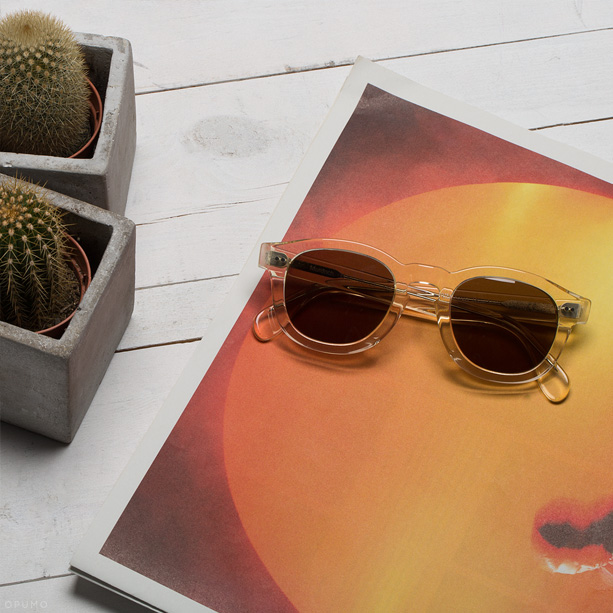ILLESTEVA-Murdoch-Clear-Sunglasses