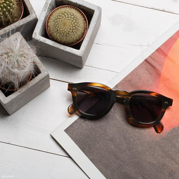 ILLESTEVA-Murdoch-Sand-Tortoise-Sunglasses