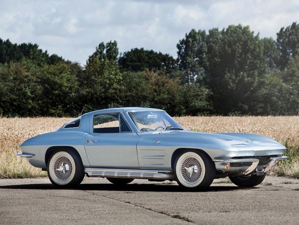 Chevrolet-Corvette-Stingray-01