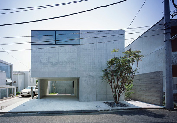 apollo-architects-grigio-house-japan-designboom-01-818x572