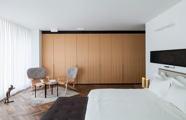 Pitsou-Kedem-Art-Penthouse-6