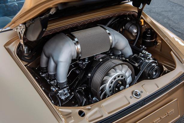 Singer-Porsche-Targa-3