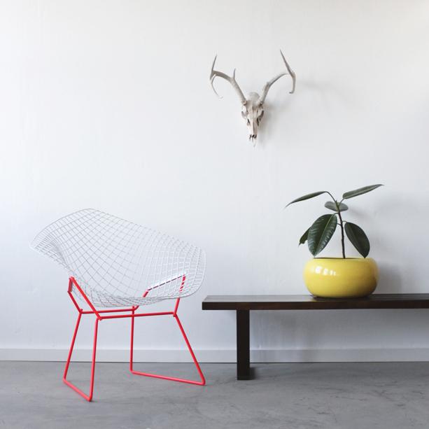 Bertoia-Diamond-Chair-1