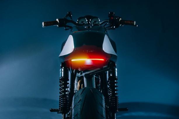 Ducati-GT1000-4