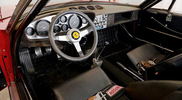 Ferrari-365-GTB4-6