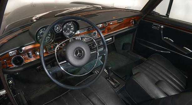 Mercedes-Benz-300-SEL-6.3-1