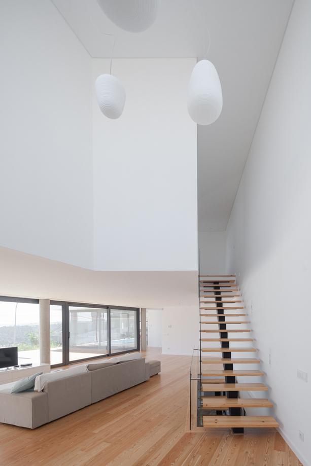 hillside-home-by-jos-atelier-1-