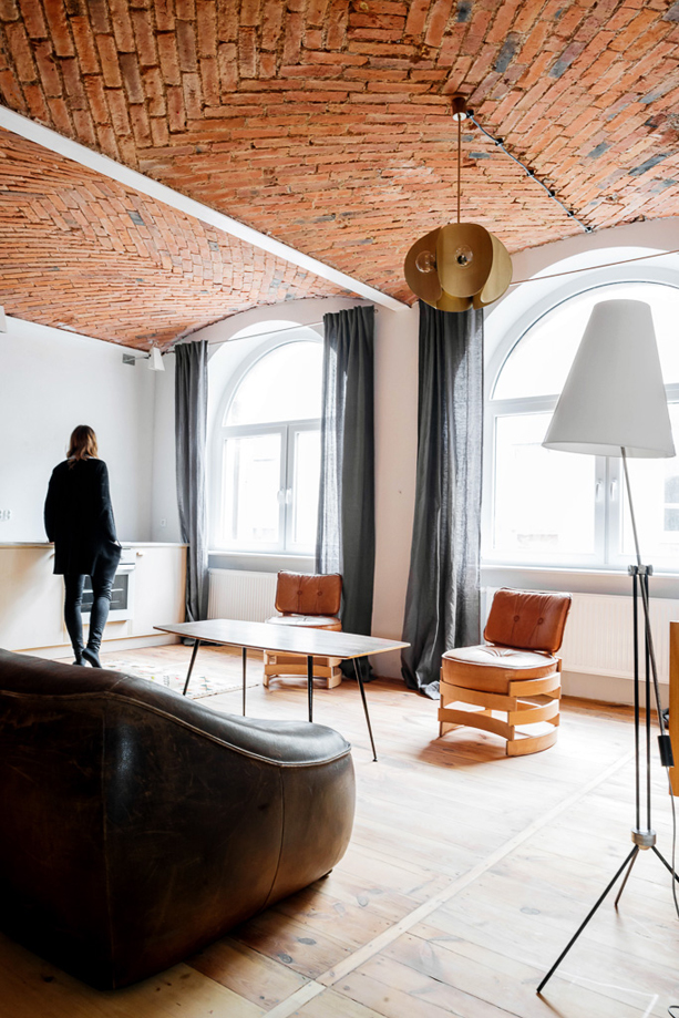 Loft-Apartment-in-Old-Marmalade-Factory-1