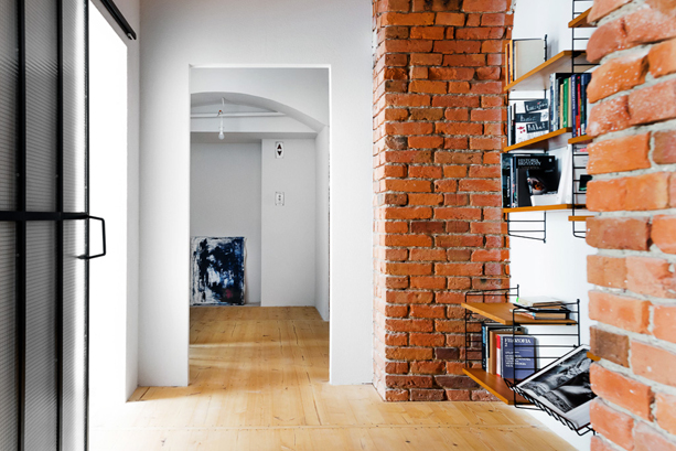Loft-Apartment-in-Old-Marmalade-Factory-3