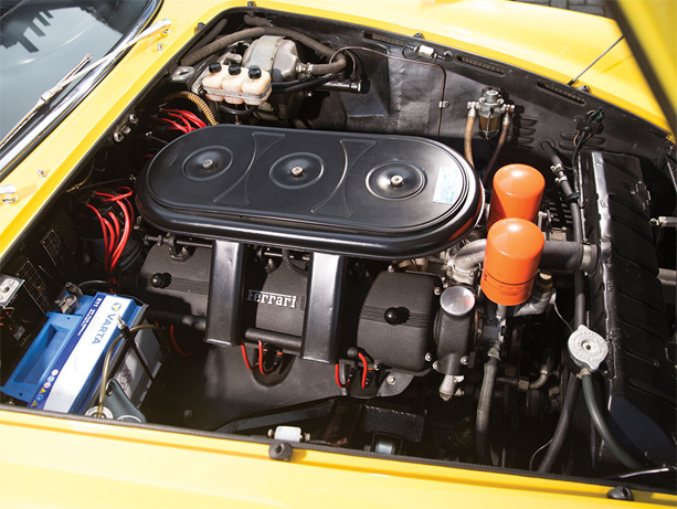 Ferrari-330-GTC-06