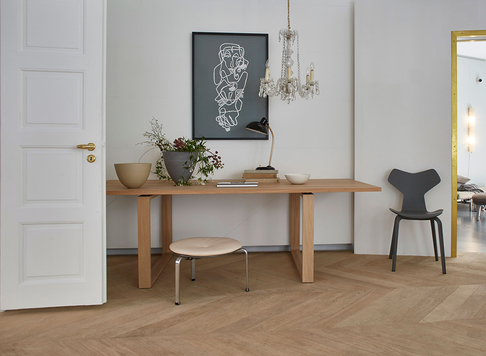 the-home-of-fritz-hansen-showroom-body1