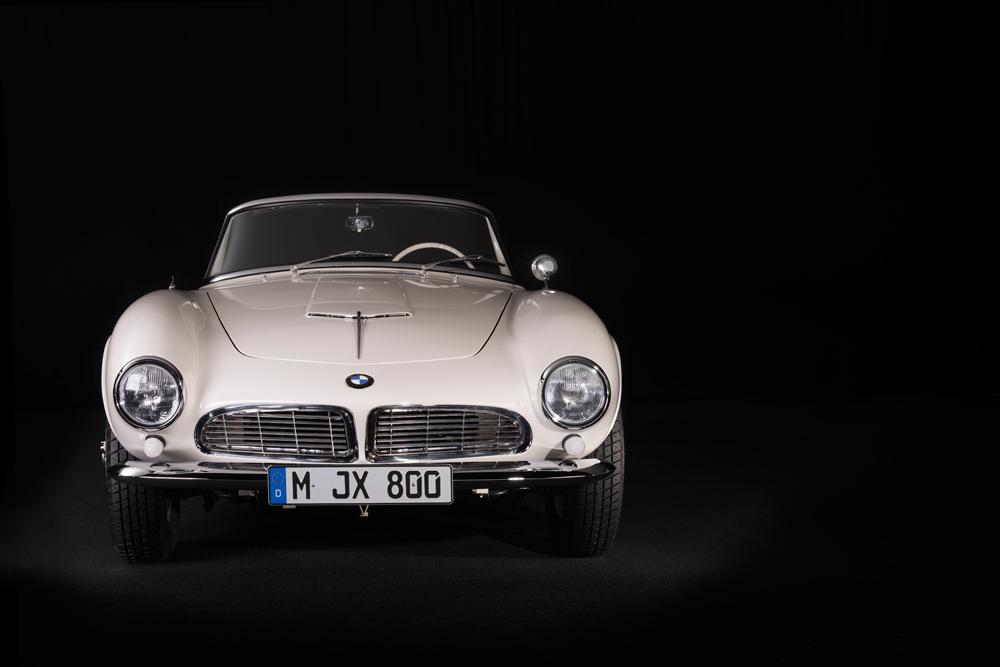 Elvis-BMW-507-Roadster-4