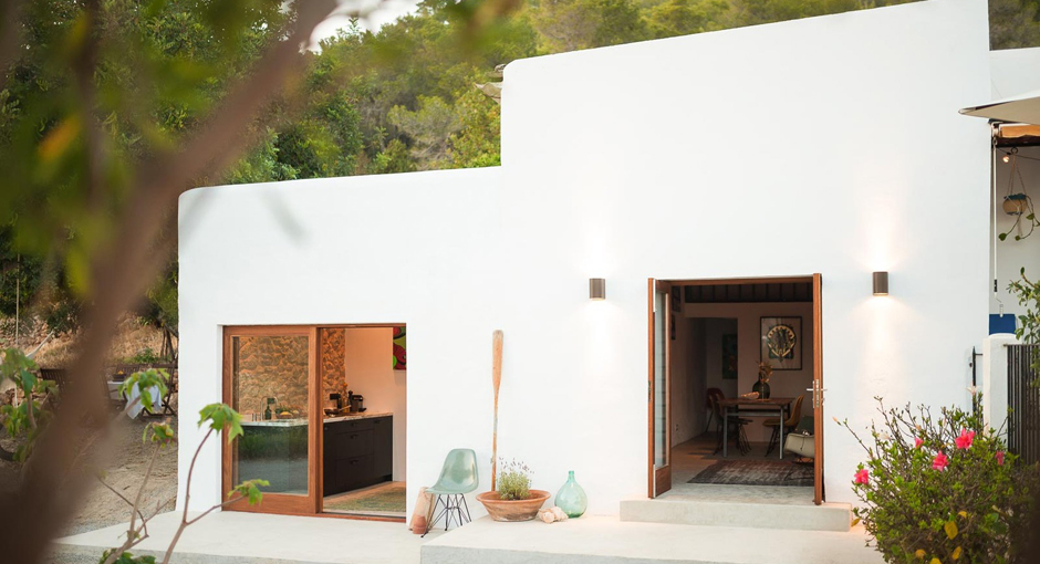 Little House in the Campo by Ibiza Interior Architect