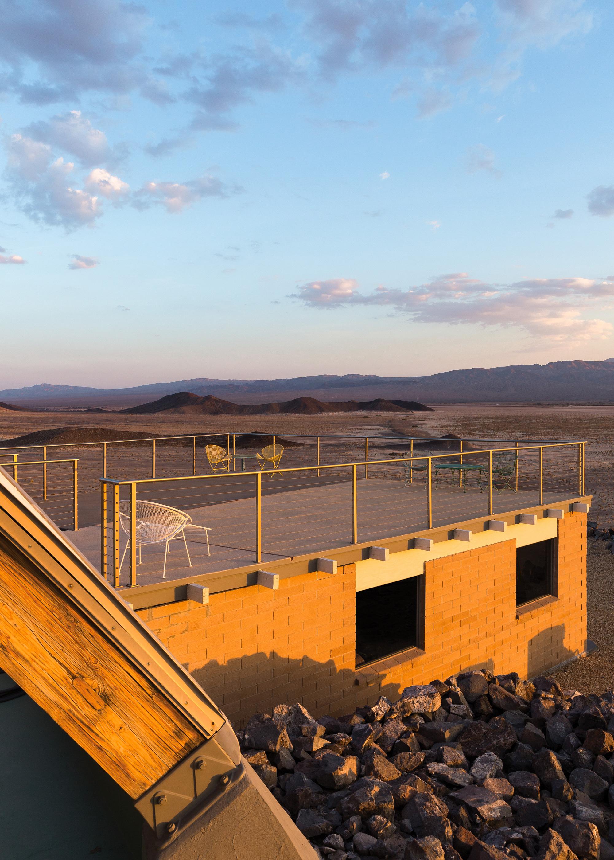 09-deck-sunset-3