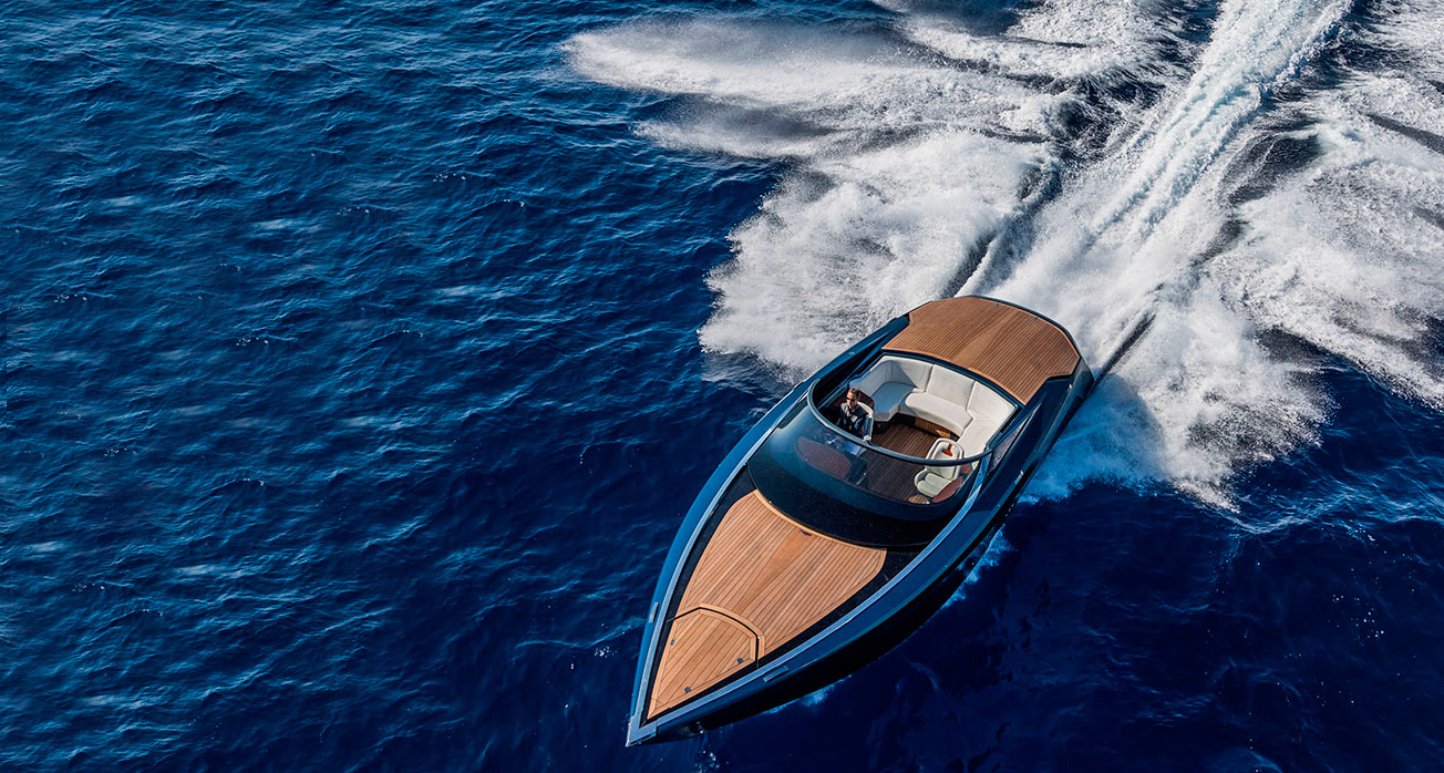 Aston Martin Finally Unveil Its First Yacht The Am37 Opumo Magazine