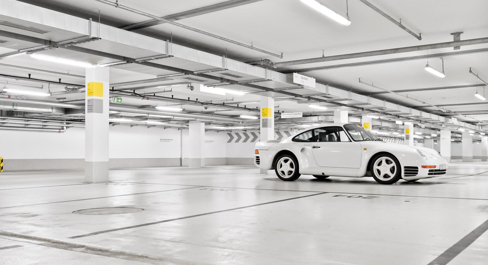 Explore the Extraordinary Visual History of the Porsche 959