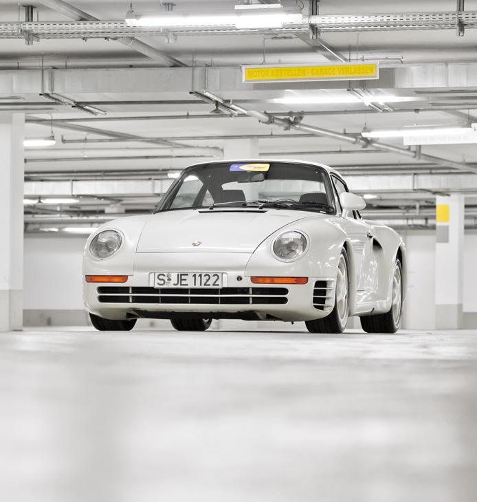 Porsche-959-Book-3