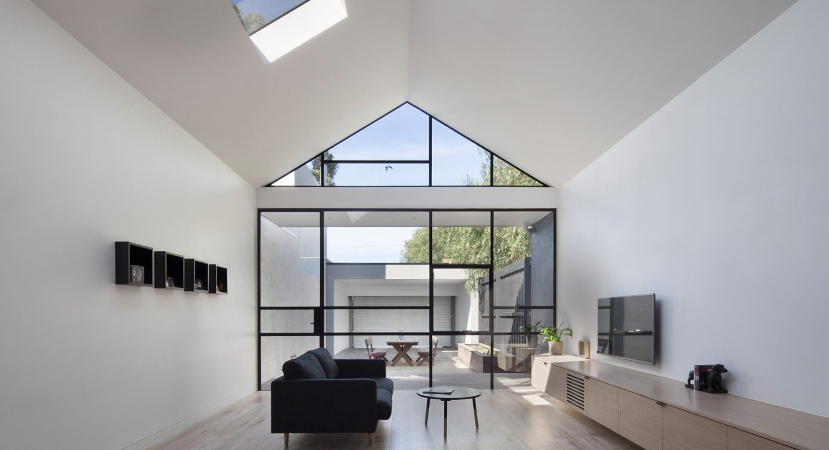 Into The Light: The Burnley Residential Renovation From DX Architects