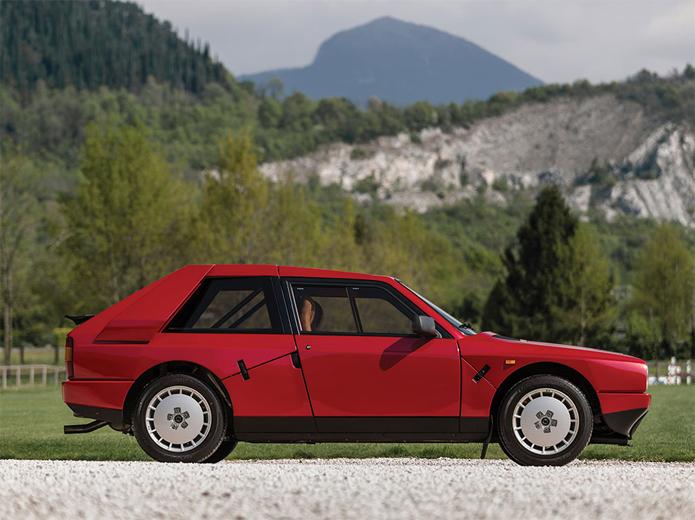 Lancia-Delta-S4-Stradale-2