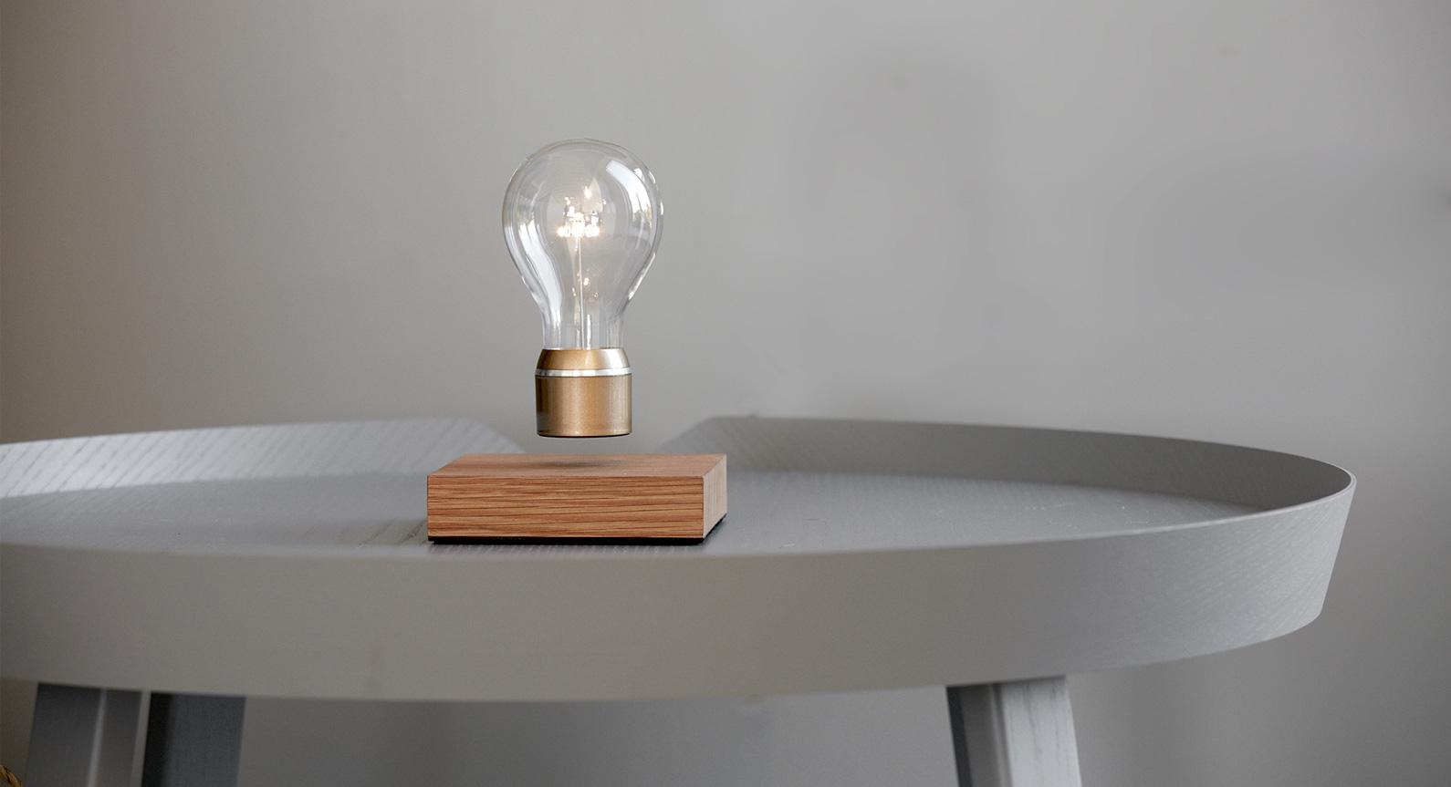 Introducing The FLYTE Levitating Light Bulb