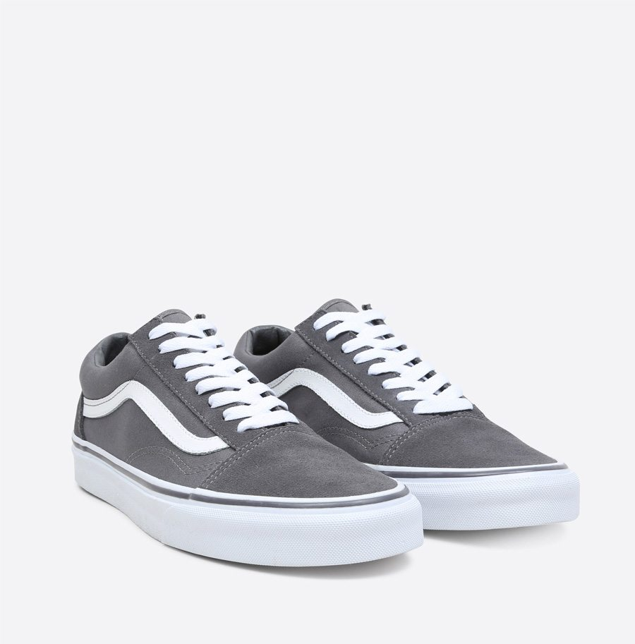 vans sizing small or large