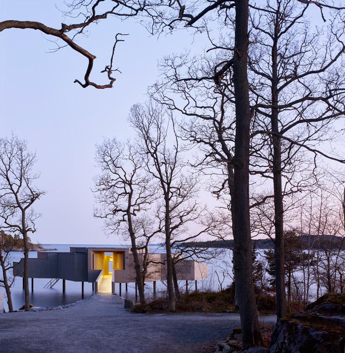 White-Arkitekter-Reinterpret-The-Traditional-Swedish-Bath-House-3