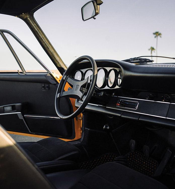 1973-Porsche-911-RS-27-touring-3