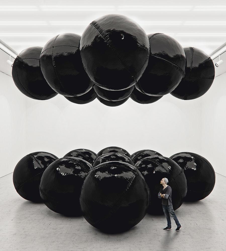Tadao-Cern-Black-Baloons-II-2
