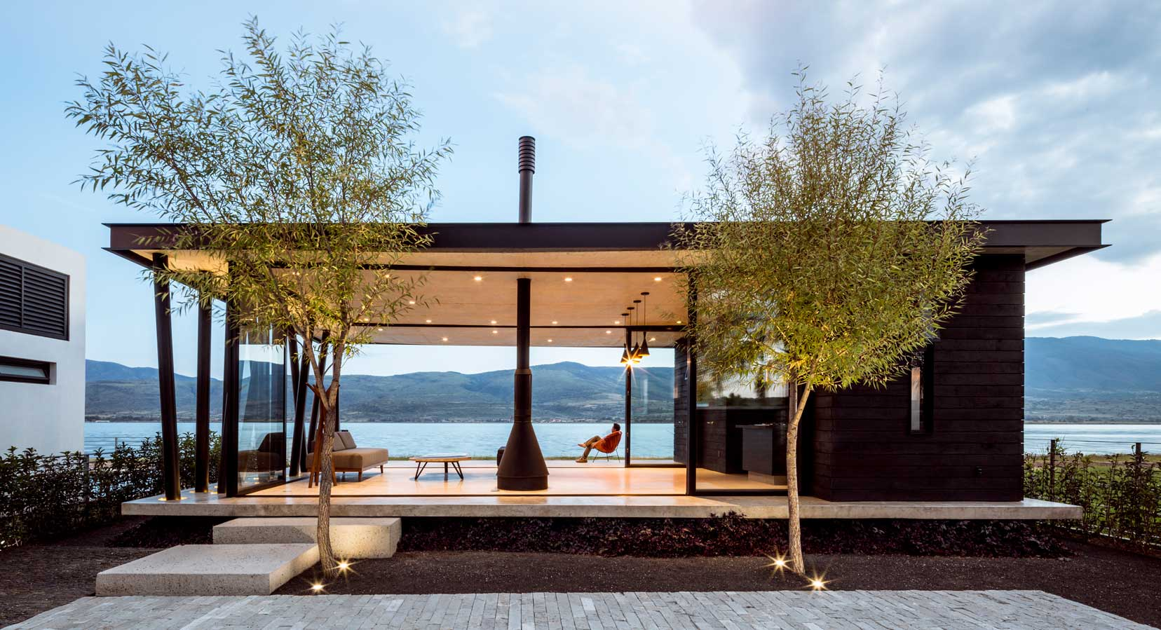 The Perfect Escape: The F+G Cajititlán Terrace by Jaime Copado & Francisco Sarabia