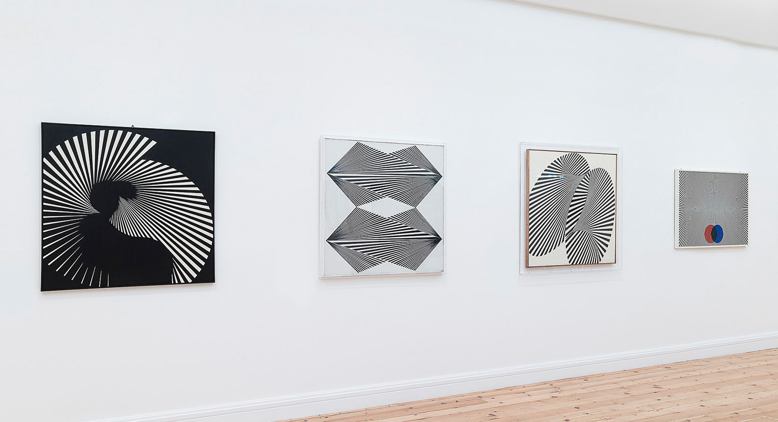 Must See: Graphic Design and Optical Illusions Collide in new Franco Grignani Exhibit