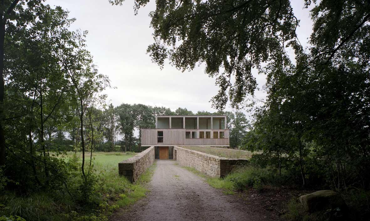 The-Valkenberg-Estate-by-Ard-de-Vries-Architecten-5