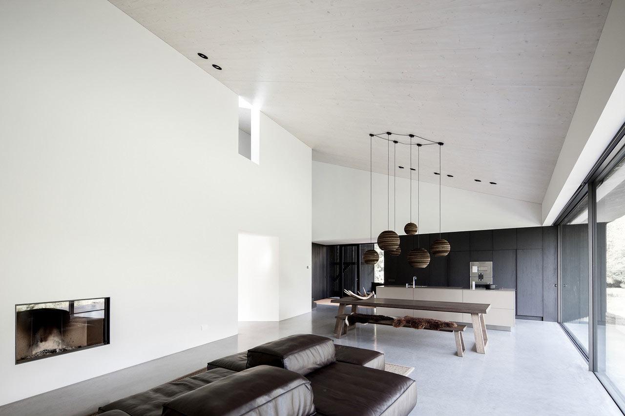 A Minimalist Modern Villa Designed By Fillie Verhoeven Architects
