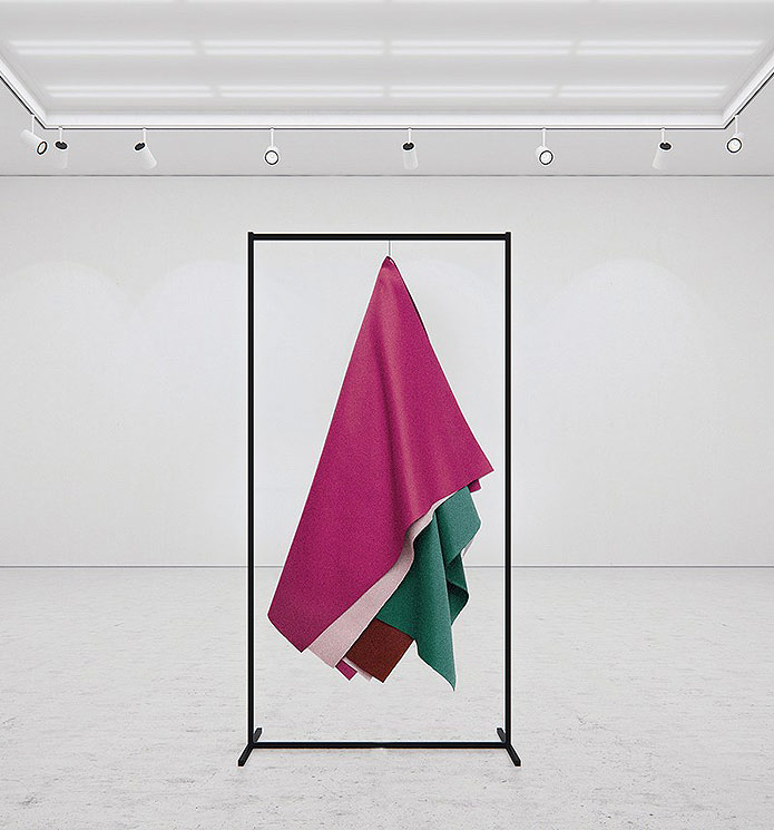 tadao-cern-art-hanging-paintings-2
