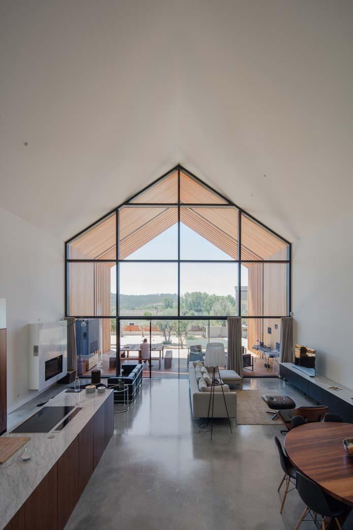 JM_House_Ourem-Filipe-Saraiva-Arquitectos-2