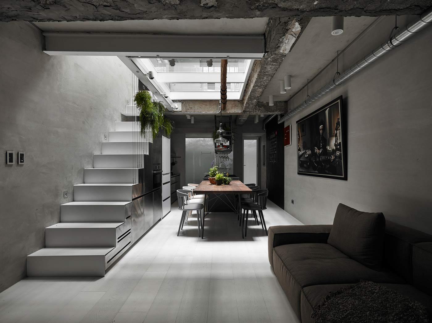 House W Is A Visionary Rebuild Of A Narrow Urban House Opumo Magazine