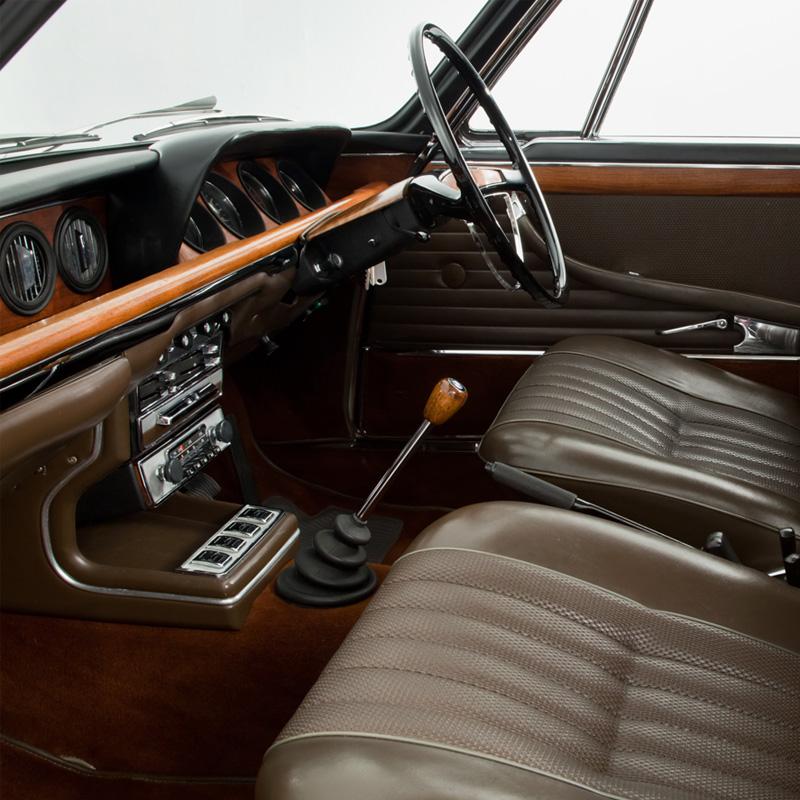 Opumo-BMW2000-1