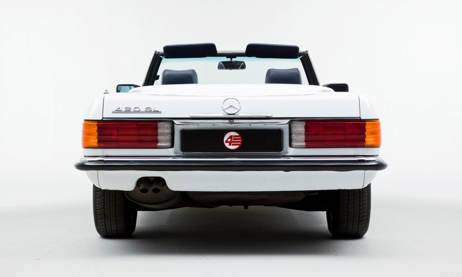 OPUMO-Why-This-Mercedes-420-SL-Is-Our-Favourite-Summer-Convertible-2