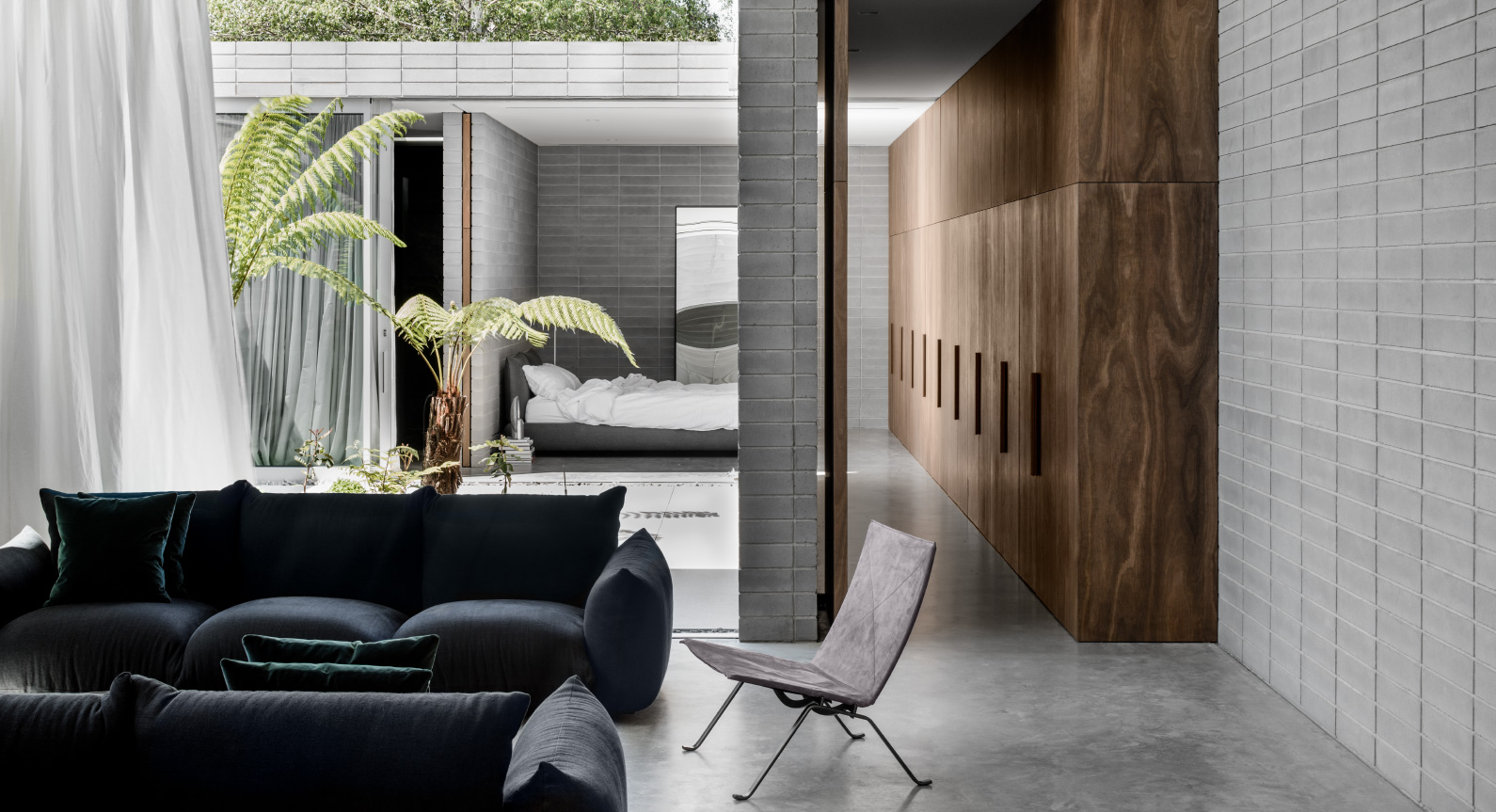 Ritz & Ghougassian's Minimalist Melbourne Home Is As Good As City Living Gets