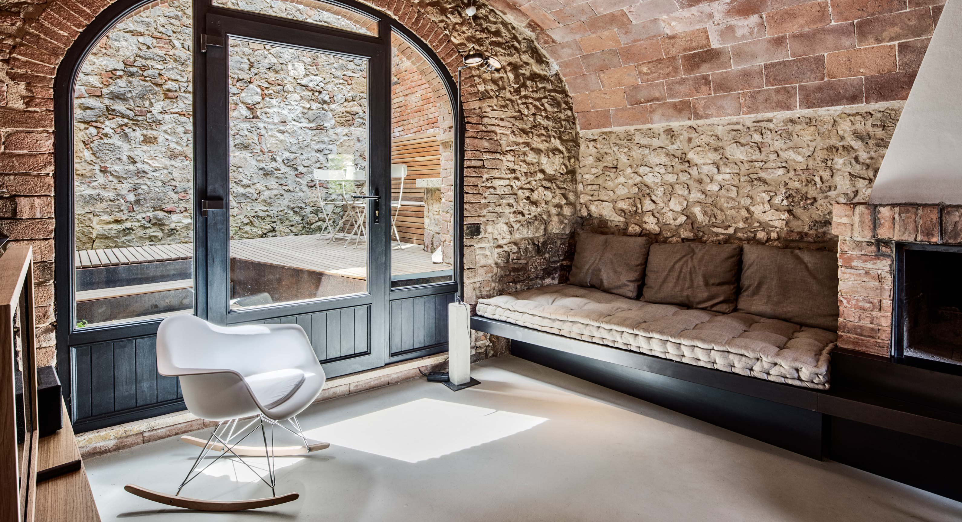 Archiplan Studio Transform This Tuscan Hideaway Through Small & Ingenious Interventions