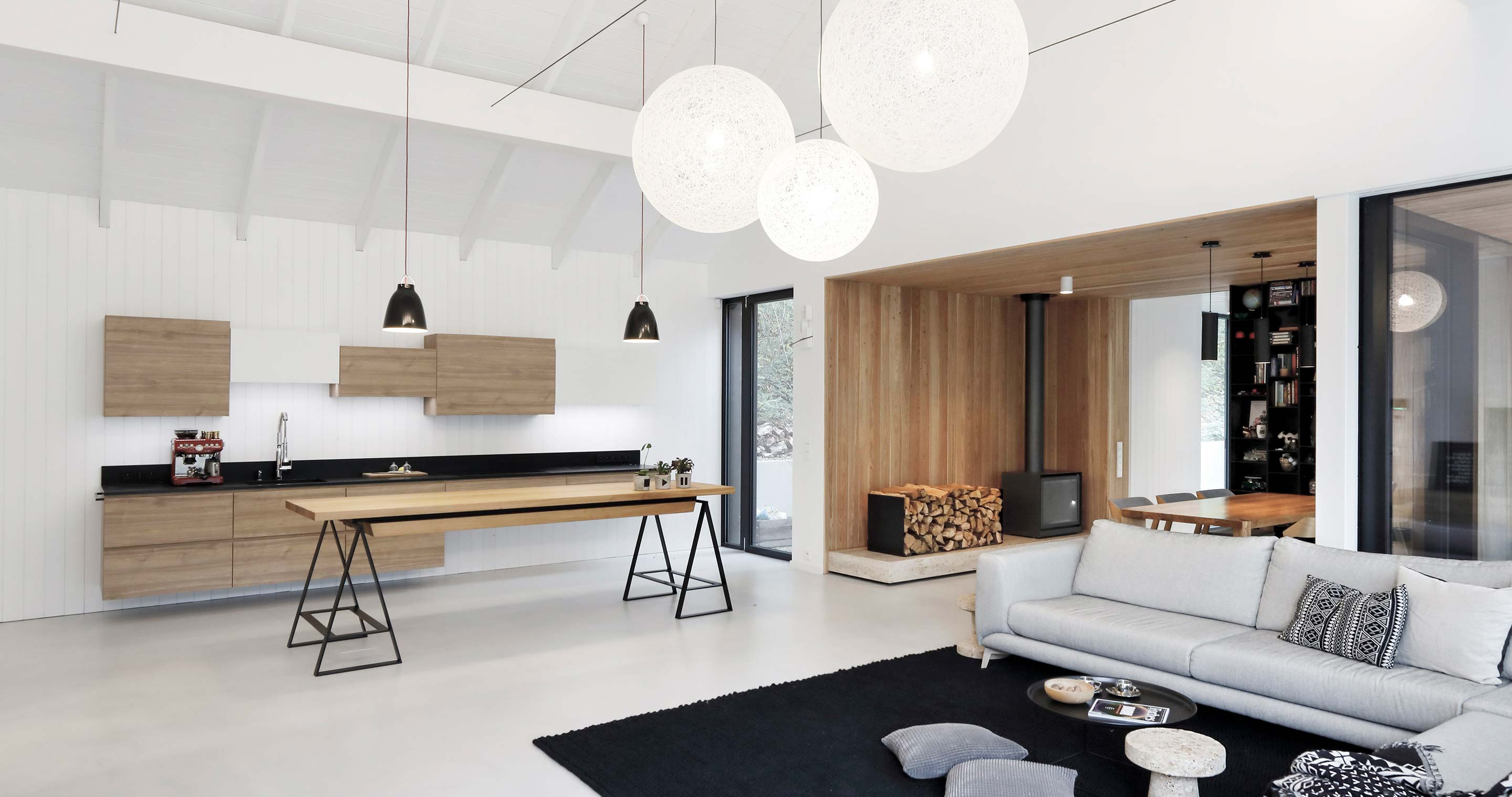 Scandinavia Meets Japan In This Czech Retreat