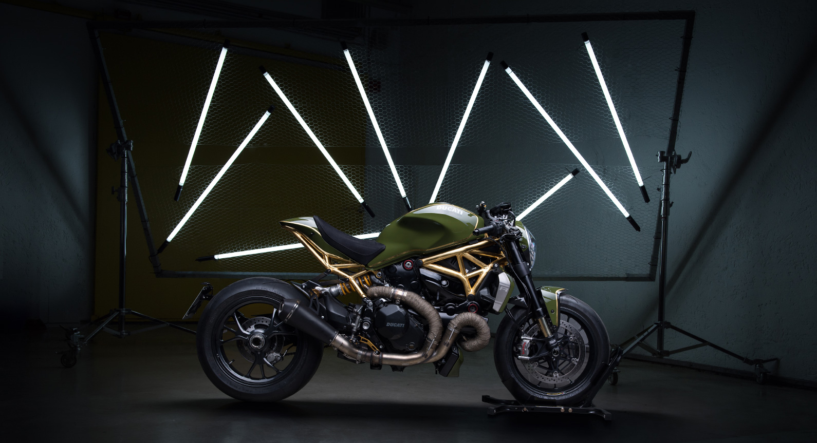 Release The Monster: Diamond Atelier's Outrageous 1200R With 24K Gold Accents