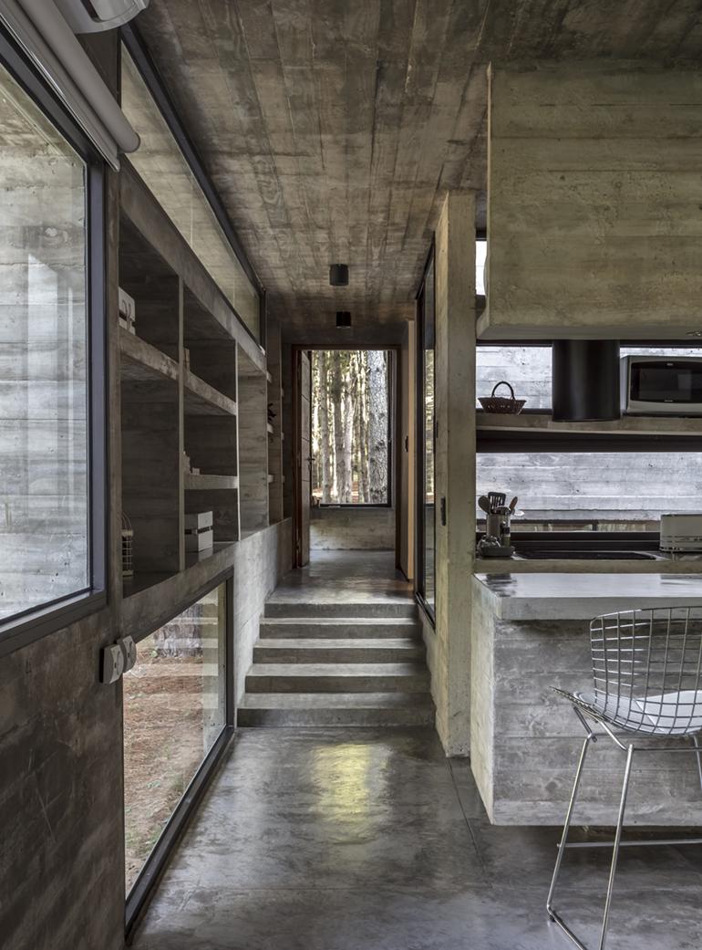 Opumo Concrete Right