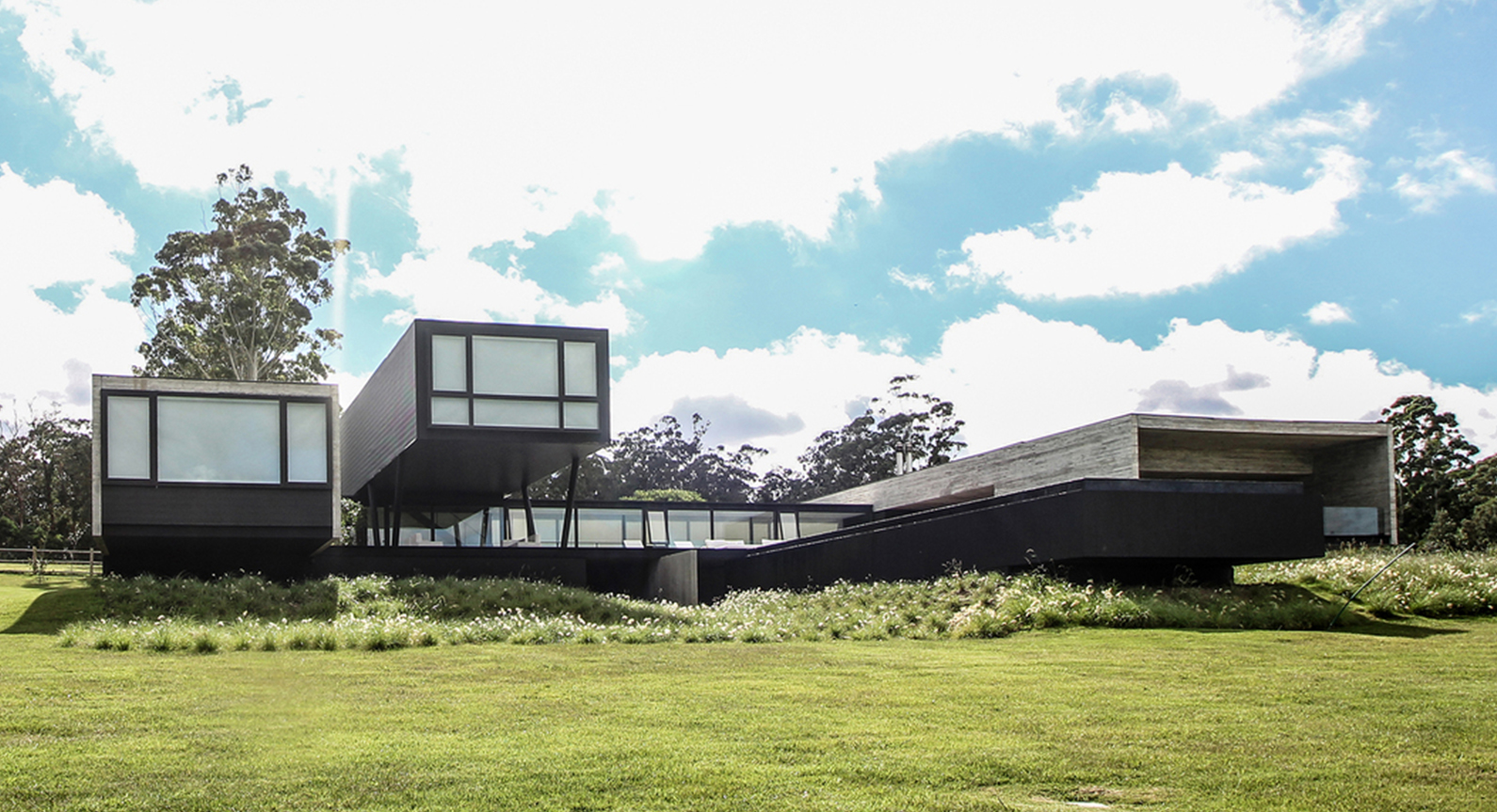 A Stunning Exercise In Brutalist Modernism: The House In The Lake By A4estudio